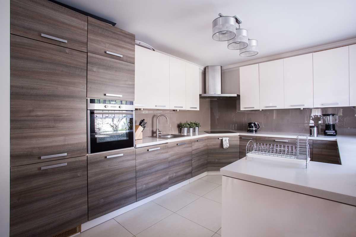 Brown U Shape Cum Peninsula Modular Kitchen