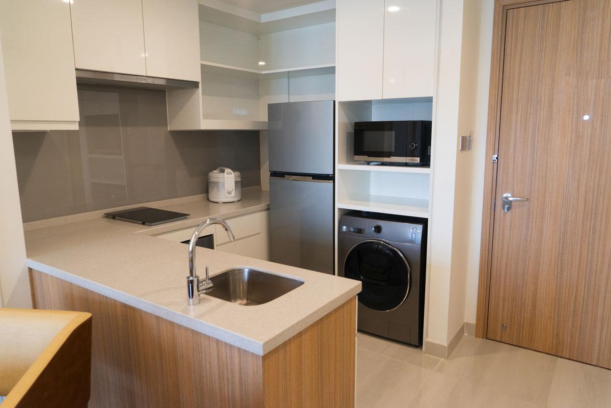 Compact Cream Brown L Shape Modular Kitchen
