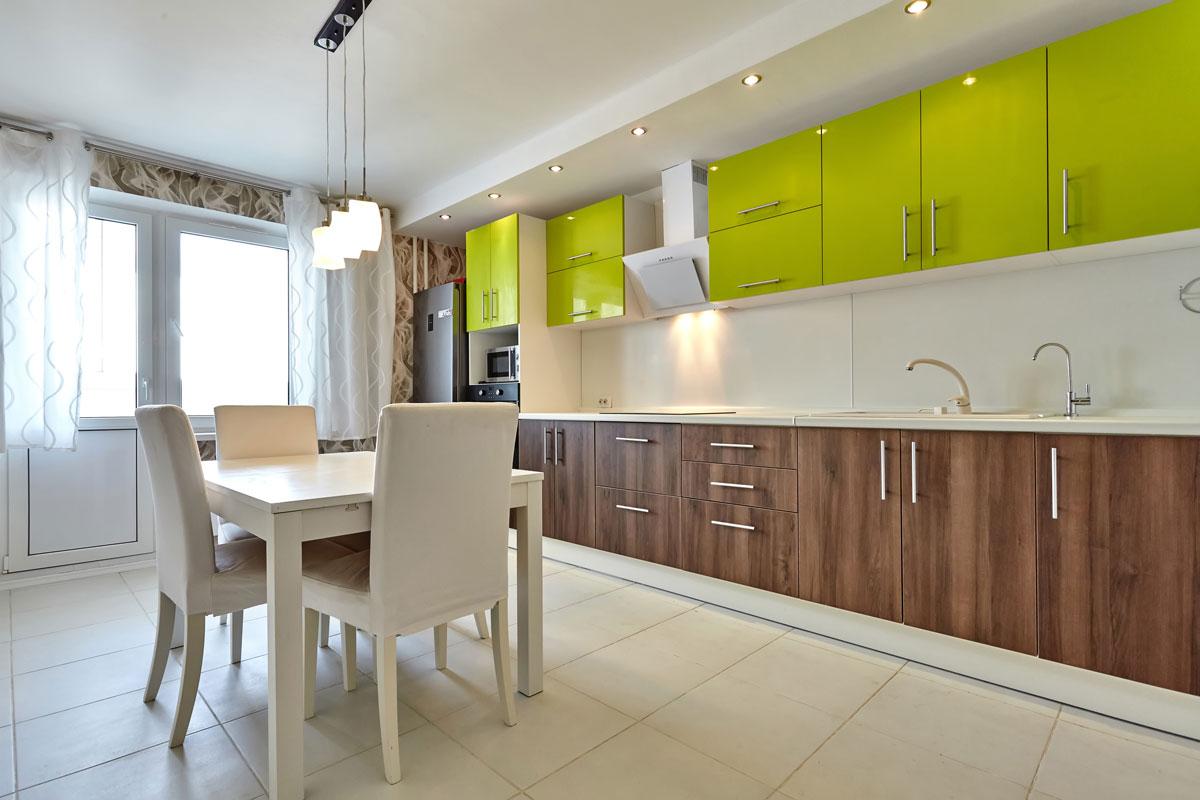 Two Tone Straight Line Modular Kitchen